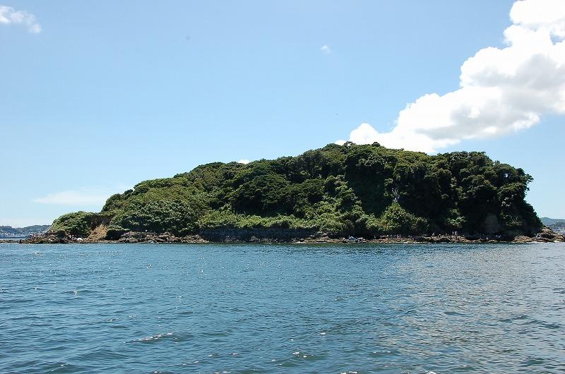 【八千代台・勝田台発】美しい海岸の景色が広がる♪猿島と異国情緒溢れる横須賀を満喫!ホテルランチ付き